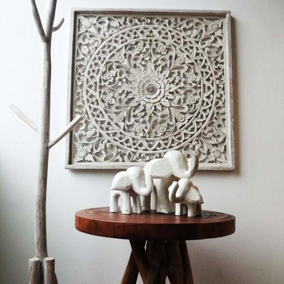 insieme set elefanti etnico
